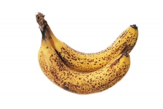 バナナは鮮度が落ちたときこそシュガースポットが糖度をアップし免疫力も高める働きをするため食べ頃という逆説的話