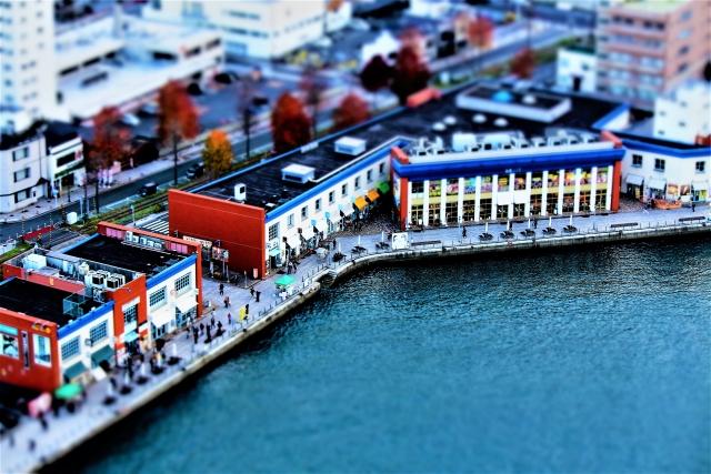 バナナの叩き売り(啖呵売)バナちゃん節は台湾で育てられ基隆港を船出して日本の門司港に着き黄色く蒸されて叩き売り